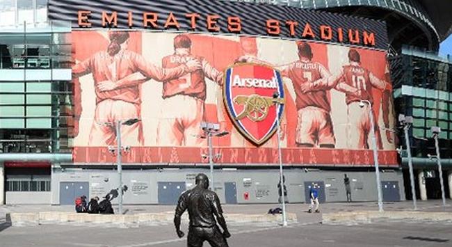 Arsenal, geçici işçilerin maaşlarını ödeyecek