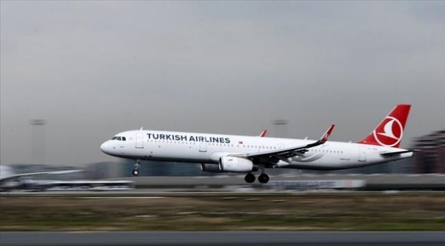 104 Türk vatandaşı, THY ait özel seferle yurda doğru yola çıktı
