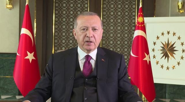 """Cumhurbaşkanı Erdoğan,Küresel Aşı Zirvesi""""ne videolu mesaj verdi"""