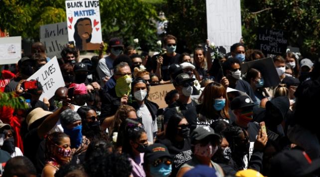 ABD'de protestolarda koronavirüse yakalandılar