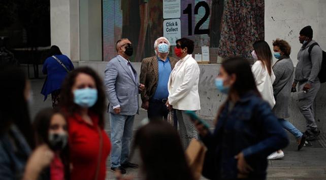 virüs salgını nedeniyle ölenlerin sayısı 450 bini aştı