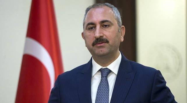 Abdulhamit Gül, gündeme ilişkin soruları cevaplıyor