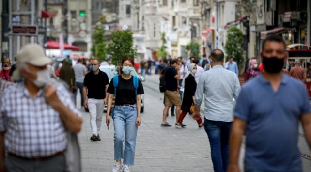 Türkiye'de son 24 saatte 967 yeni vaka tespit edildi