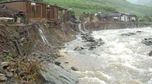 Güney Kore'de şiddetli yağışlarda 5 kişi öldü