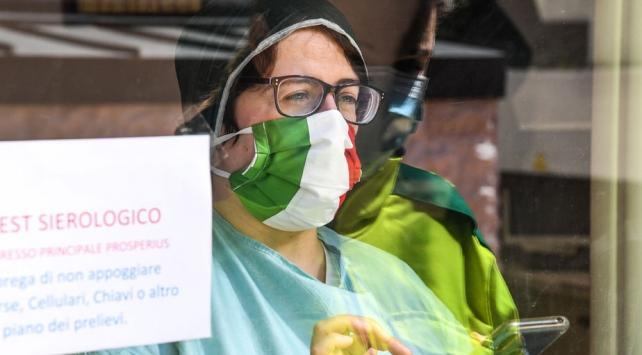 İtalya'da Sağlık Bakanlığı, salgına ilişkin son bilgileri açıkladı