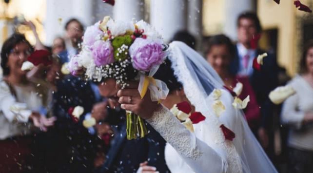 Düğün salonu işletmecileri sokak düğünlerinden şikayetçi