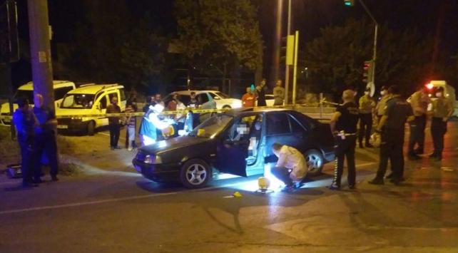 Sakarya'ya iki ayrı silahlı saldırıda bir kişi öldü, 5 kişi yaralandı.