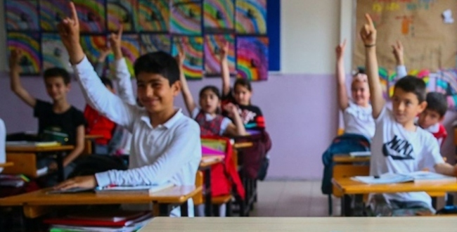 Bakan Koca'dan öğrencilere koronavirüs uyarısı
