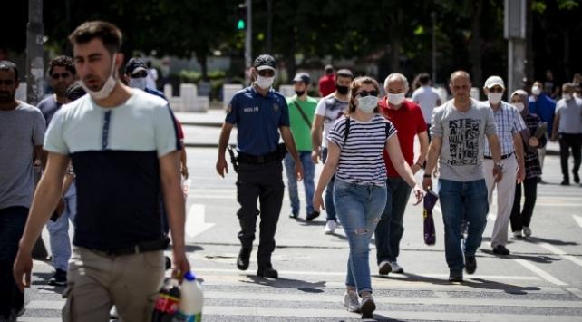 Türkiye'de iyileşenlerin sayısı 233 bin 915'e yükseldi