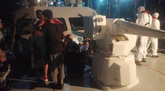 Datça ilçesi açıklarında batan teknedeki 19 kişi kurtarıldı