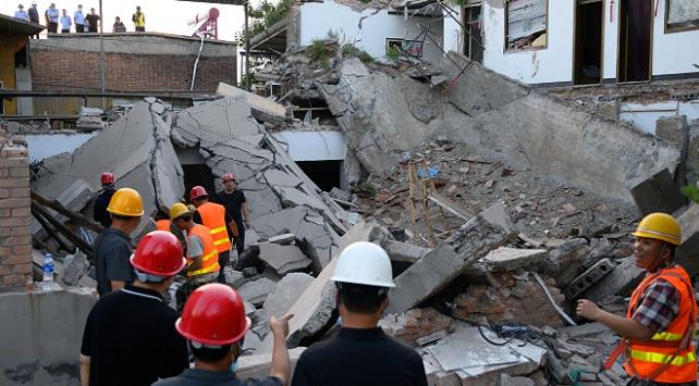 Çin'de çöken restoranda can kaybı 29'a yükseldi