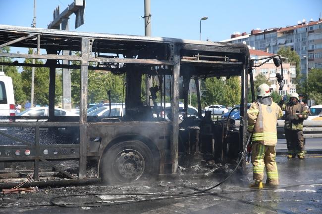 Alev alev yanan metrobüste faciadan dönüldü