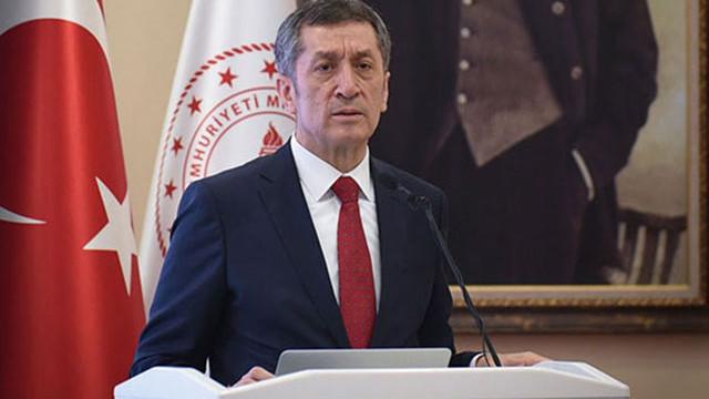 """Ziya Selçuk: """"Okullar açılmasın"""" demek basit"""