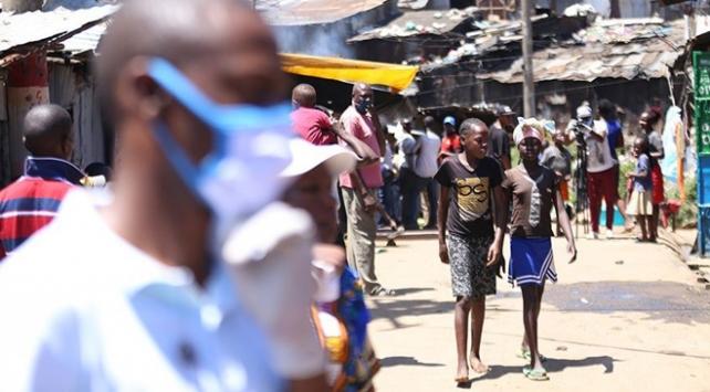 Afrika'da Covid-19 vaka sayısı 1 milyon 300 bine yaklaştı
