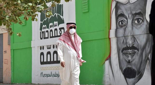 Suudi Arabistan'da 26 kişi daha koronavirüsten öldü