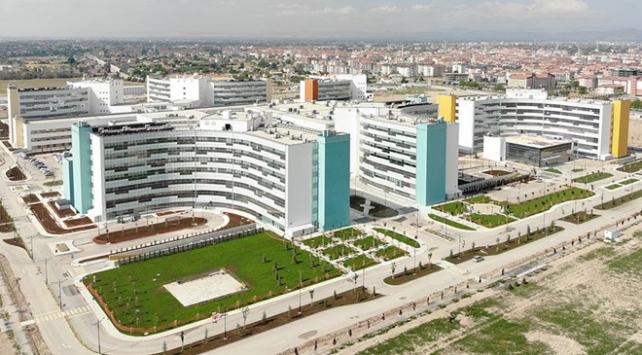 Konya Şehir Hastanesi tam kapasiteye geçiyor