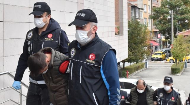 Eskişehir'de uyuşturucu operasyonu: 5 tutuklama