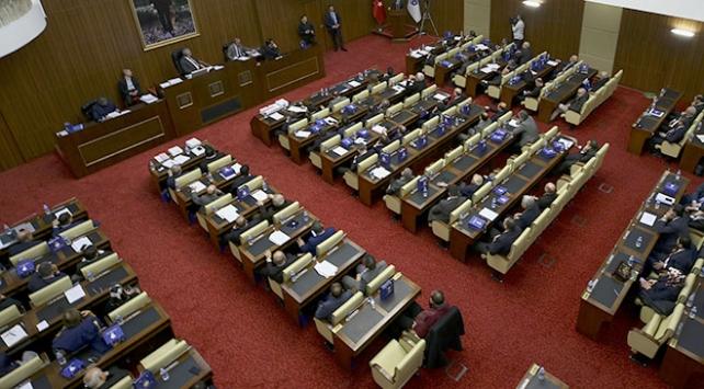 Ankara Büyükşehir Meclis toplantısında gerginlik