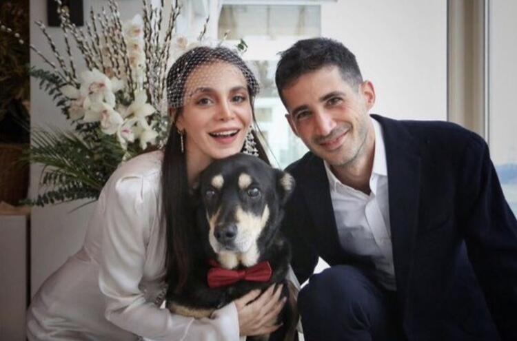 Cemre Kemer evlendi!