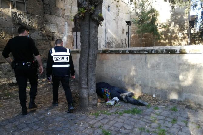 Urfa Polisinden Ulu Cami Avlusundaki Rezalete Operasyon