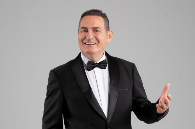 Ferdi Tayfur şarkıları Ahmet Durmuş'un yorumuyla yeniden parlıyor