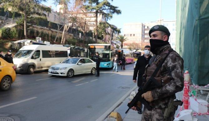 Denetimler sıklaştı! İstanbul'da çevik kuvvet sahaya indi