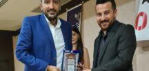 Altın Marka Ödülleri Yılın En İyi Yazılımcısı ödülünü Aşkın Akbulut aldı